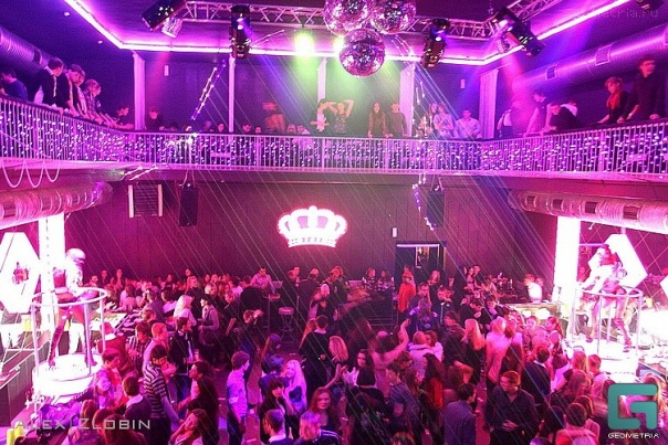 Музыка i 2011 ночной клуб стриптиз в баре видео онлайн